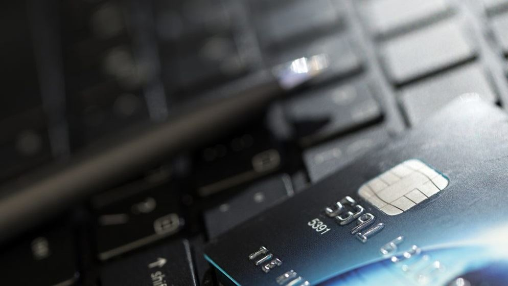 Big banks refund $21m for loose credit card practices