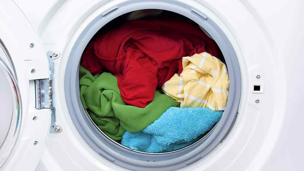 washing machine with clothes. washing machine with clothes o