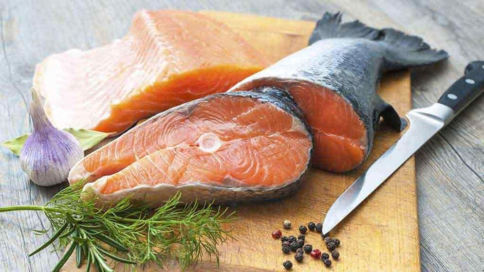 The facts on eating fish food and drink for How to feed fish
