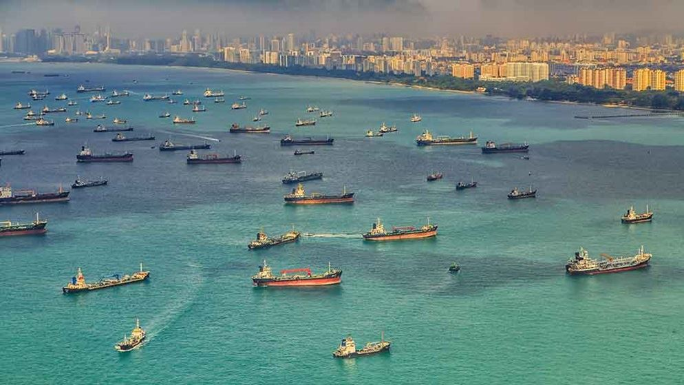 singapore harbour boats