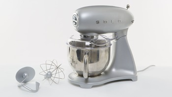 The Smeg kitchen mixer's beauty is only skin deep.