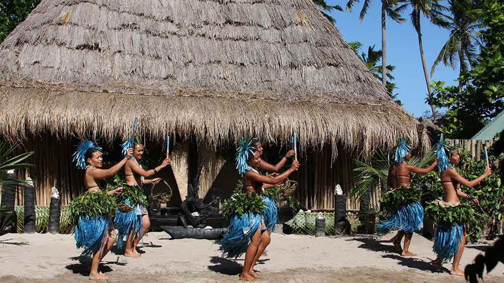 Fiji travel guide - weather, culture, language, health and safety, laws,  emergency contacts   CHOICE