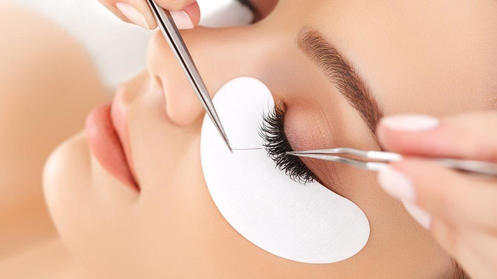 Eyelash extension safety beauty and personal care woman getting eyelash extensions solutioingenieria Gallery