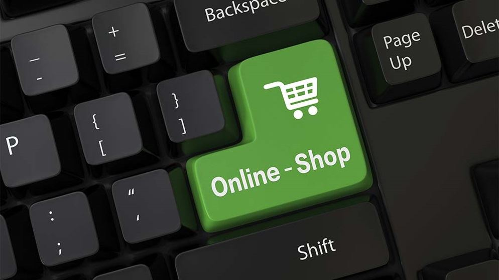 keyboard with button saying online shopping