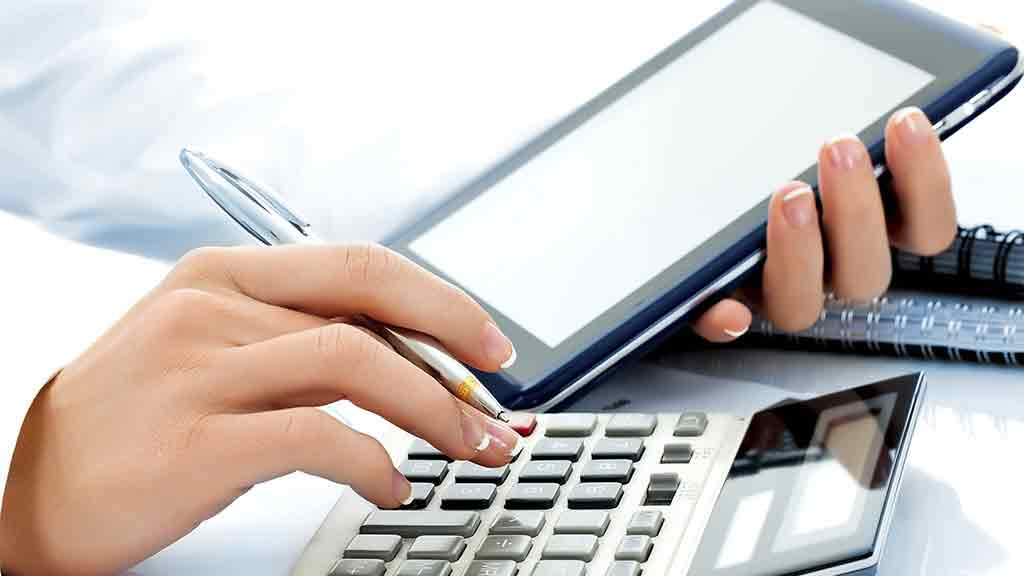 Tips To Manage Your Bank Accounts - Leave Debt Behind
