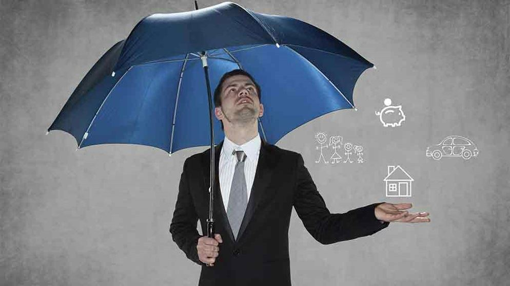 man under umbrella catches house animation