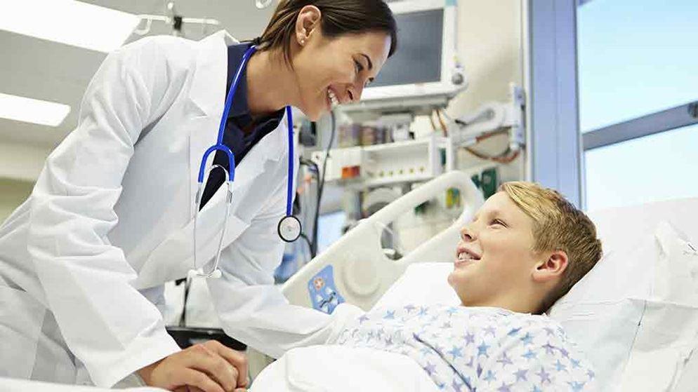 Enfermera de hopsital pediatrico - 1 1
