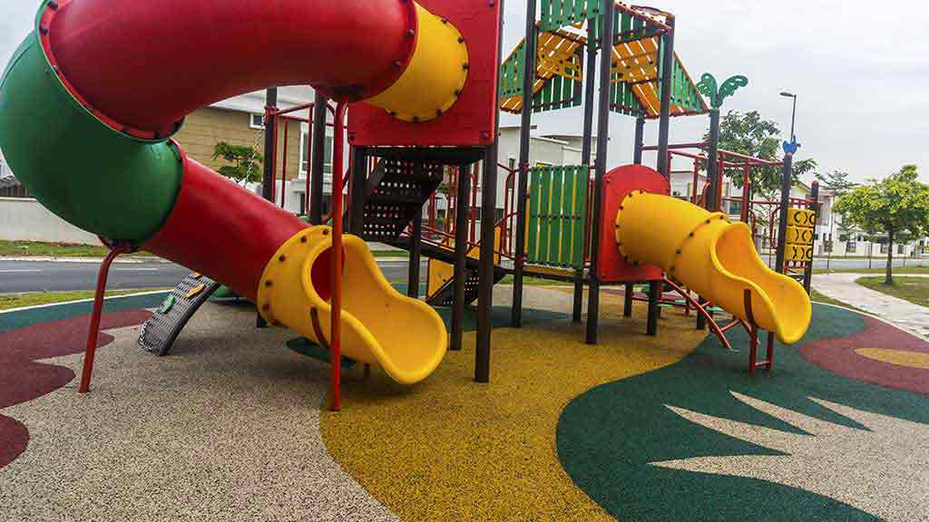 Playground Surfaces Not All Equal Children And Safety - Spongy outdoor flooring