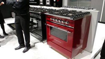retro style ovens at the 2017 IFA