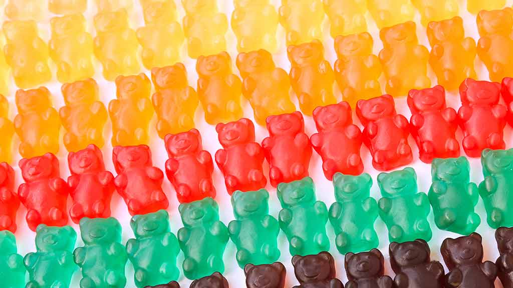 rows_of_vitamin_gummies