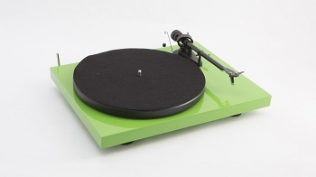 Pro-Ject Audio Debut Carbon turntable
