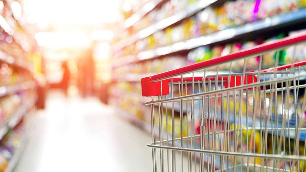 shopping in the supermarket essay Shopping: online vs store essay - when comparing two different ways of shopping most people do not even think about the difference, they do both and not even realize it in today's society people shop while at work, after work and on the weekends, whenever time permits.