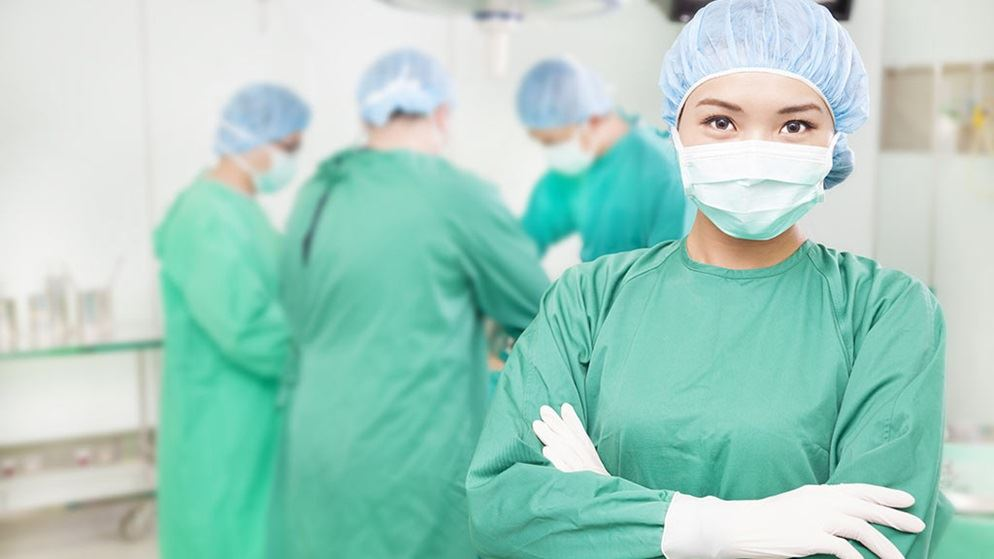 cosmetic surgery research essay Plastic surgery essay examples transform almost everything a perfect example is plastic surgery nowadays a lot of people resort to plastic surgery as a way to change their physic.