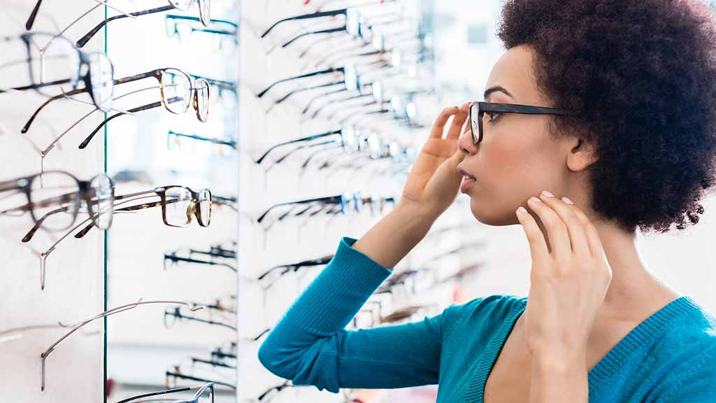 What to consider when buying prescription glasses