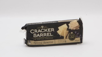 Cracker Barrel The Vintage Cheddar Special Reserve Matured up to 32 months